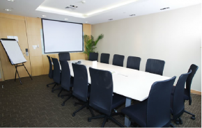 英麦格商务中心会议室